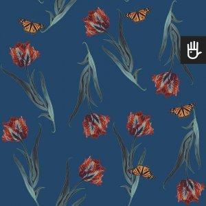 Tapeta niebieski Tulipan z kwiatami i motylami na niebieskim tle