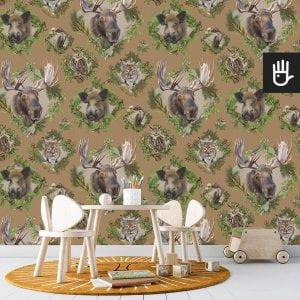 pokój zabaw dziecka z musztardową tapetą Strażnicy lasu z leśnymi zwierzakami