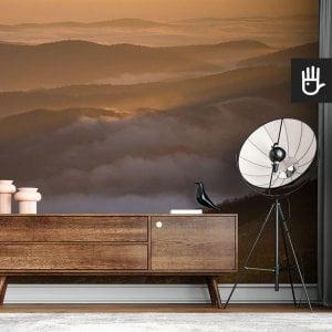 wnętrze nowoczesnego salonu z brązową komodą na tle fototapety Tajemnicze Bieszczady