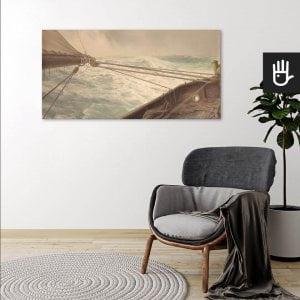wnętrze salonu z obrazem Na wzburzonym morzu drukowanym na płótnie w stylu marynistycznym
