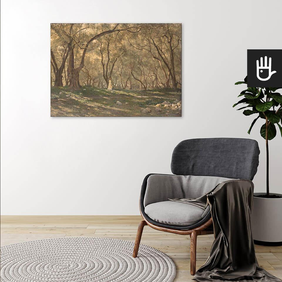 wnętrze z Obrazem drukowanym na płótnie Pod oliwnymi drzewami z kobietą wśród zieleni