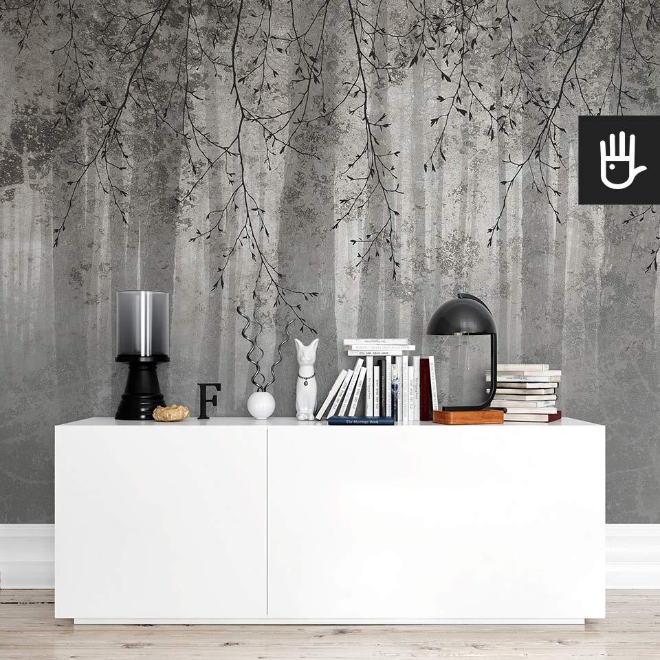 Pokój z białą komodą ikea na tle fototapety echo lasu w szarym kolorze
